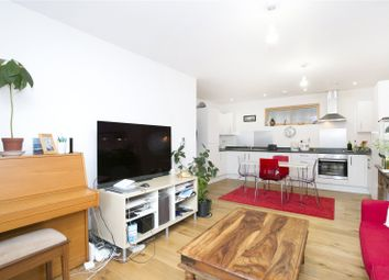 Thumbnail 2 bed flat to rent in Corsica Street, London