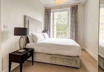 Thumbnail 2 bed flat to rent in Lexham Gardens, Kensington High St, Gloucester Rd