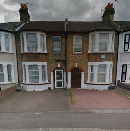 Thumbnail 4 bedroom terraced house to rent in Auckland Road, Ilford