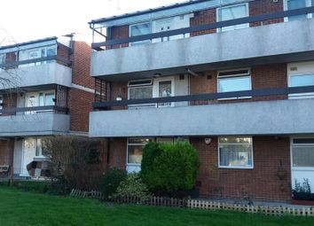 Thumbnail 1 bed flat to rent in Perth Avenue, Hayes