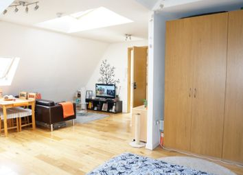 Thumbnail Studio to rent in Hoop Lane, London