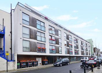 Thumbnail 3 bedroom flat to rent in Klein Wharf, Islington