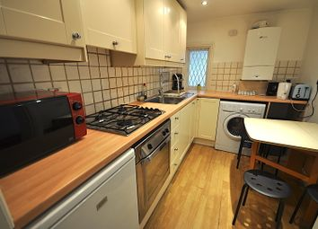 Thumbnail 2 bed flat to rent in Randolph Street, Camden, Ucl/Lse, Euston, Regents Park, West End, Kings Cross, London
