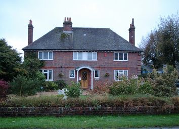Thumbnail 2 bed flat to rent in Northfield Road, Ringwood, Hampshire