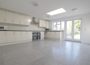 Thumbnail Studio to rent in Totteridge Road, Enfield