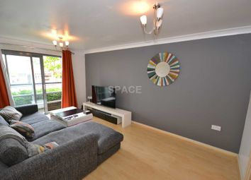 Thumbnail 1 bed flat to rent in Jubilee Square, Reading, Berkshire