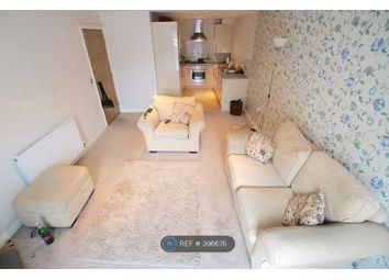 Thumbnail 2 bed flat to rent in New Street, Mold