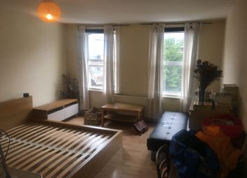 Thumbnail Studio to rent in Goswell Rd, Clerkenwell, London