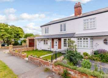 4 bed semi-detached house to rent in Staines Lane, Chertsey KT16