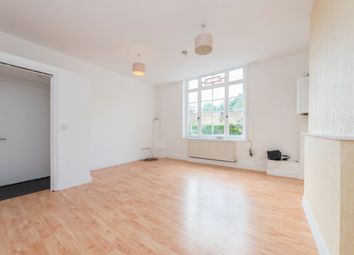 Thumbnail 1 bed flat to rent in Uplands Close, Woolwich