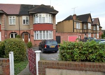 Room to rent in Chase Road, London N14