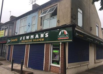 Thumbnail Retail premises to let in 21-23 Newland Avenue, Hull, East Yorkshire