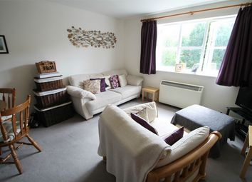 Thumbnail 2 bed flat to rent in Simms Gardens, East Finchley