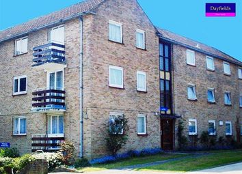 Thumbnail 3 bedroom flat for sale in Links Side, Enfield