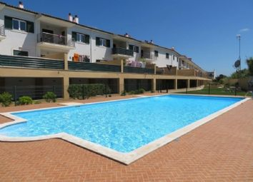 Thumbnail 4 bed town house for sale in Sao Martinho Do Porto, Silver Coast, Portugal