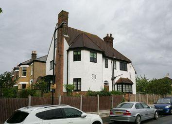 Thumbnail 5 bedroom terraced house for sale in Castle Avenue, London