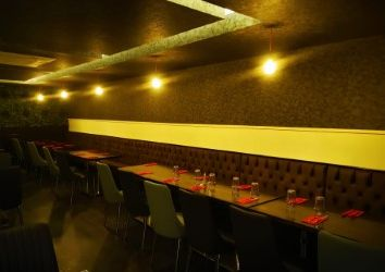 Thumbnail Restaurant/cafe for sale in High Street North, London