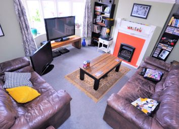 Thumbnail 2 bed flat to rent in Benton Road, High Heaton, Newcastle Upon Tyne