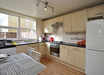 Thumbnail 4 bed town house to rent in Queensbridge Rd, Dalston, London Fields, Hackney