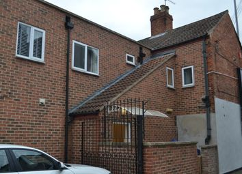 Thumbnail 3 bed flat to rent in London Road, Newark, Notts