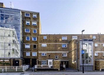 Cable Street, London E1W. 2 bed flat