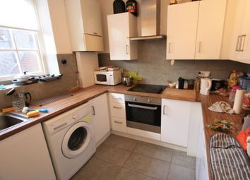 Thumbnail 4 bed flat to rent in New Park Road, Clapham