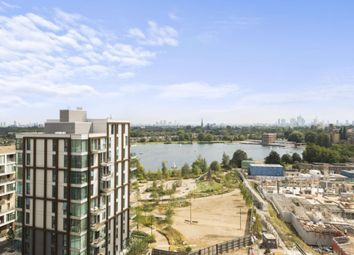 Thumbnail 2 bed flat to rent in Woodberry Grove, Woodberry Down, London