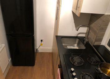 Thumbnail 2 bed flat to rent in Mount Pleasent Lane, London, Clapton