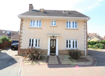 5 bed detached house to rent in Dove Close, Chafford Hundred, Grays RM16