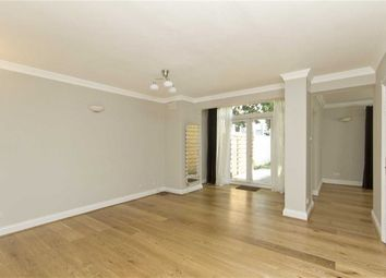 3 bed property to rent in Avenue Road, London NW8