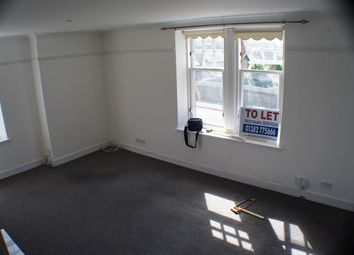 2 bed flat to rent in Claypotts Road, Broughty Ferry, Dundee. DD5
