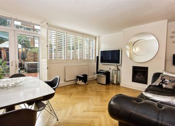Thumbnail 3 bedroom maisonette for sale in Sprewell House, Lytton Grove, London