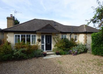 Thumbnail 2 bed detached bungalow for sale in Oakdene Close, Bookham, Leatherhead