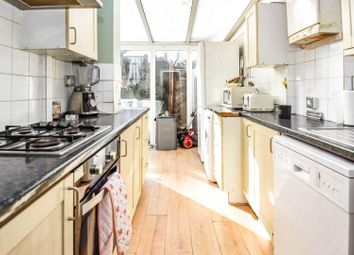 2 bed maisonette for sale in Fullwell Avenue, Ilford IG5