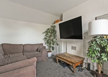 3 bed maisonette to rent in Randall Place, Greenwich, London SE10