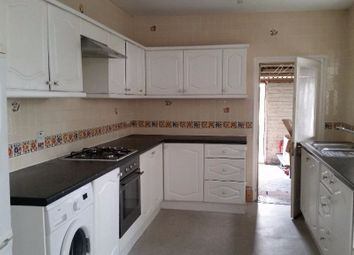 Thumbnail 4 bed detached house to rent in Sitxh Avenue, London