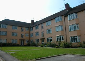 Thumbnail 3 bed flat to rent in Buckingham Court, Hendon, London
