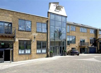 Thumbnail 4 bed flat to rent in Villiers Road, Willesden Green, London