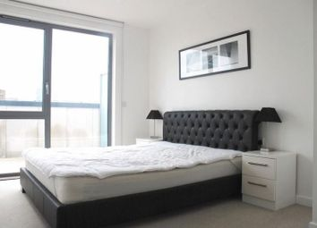 Thumbnail 3 bedroom flat to rent in Upper North Street, London