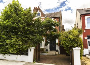 Thumbnail 6 bed property for sale in Chiswick Lane, London