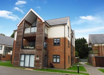 Thumbnail 2 bed flat to rent in Faversham Road, Kennington, Ashford