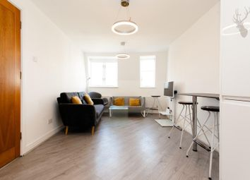 Thumbnail 3 bed property to rent in Jamaica Street, London
