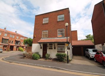 Thumbnail 3 bed detached house for sale in Draycot Place, Bristol