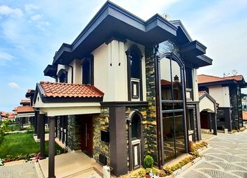 Thumbnail 4 bed villa for sale in Izmit, Marmara, Turkey