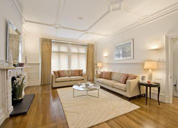 Thumbnail 1 bed flat to rent in Mount Street, Mayfair, London