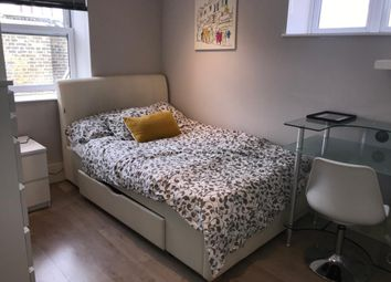 Thumbnail 2 bedroom flat to rent in 2B Lithos Road, Hampstead
