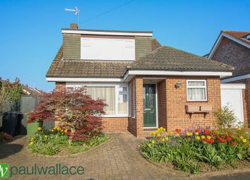 Thumbnail 3 bed detached house for sale in Beaumont View, Cheshunt, Waltham Cross