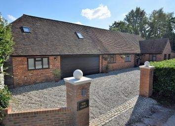 Thumbnail 4 bed detached house to rent in Reading Road, Wokingham