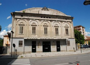 Thumbnail Retail premises for sale in Ex-Cinema, Verbania, Verbano-Cusio-Ossola, Piedmont, Italy