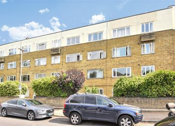 Thumbnail 2 bedroom flat for sale in Park Court, Balham Park Road
